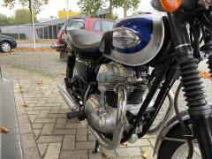 Kawasaki-Tour W 650-6