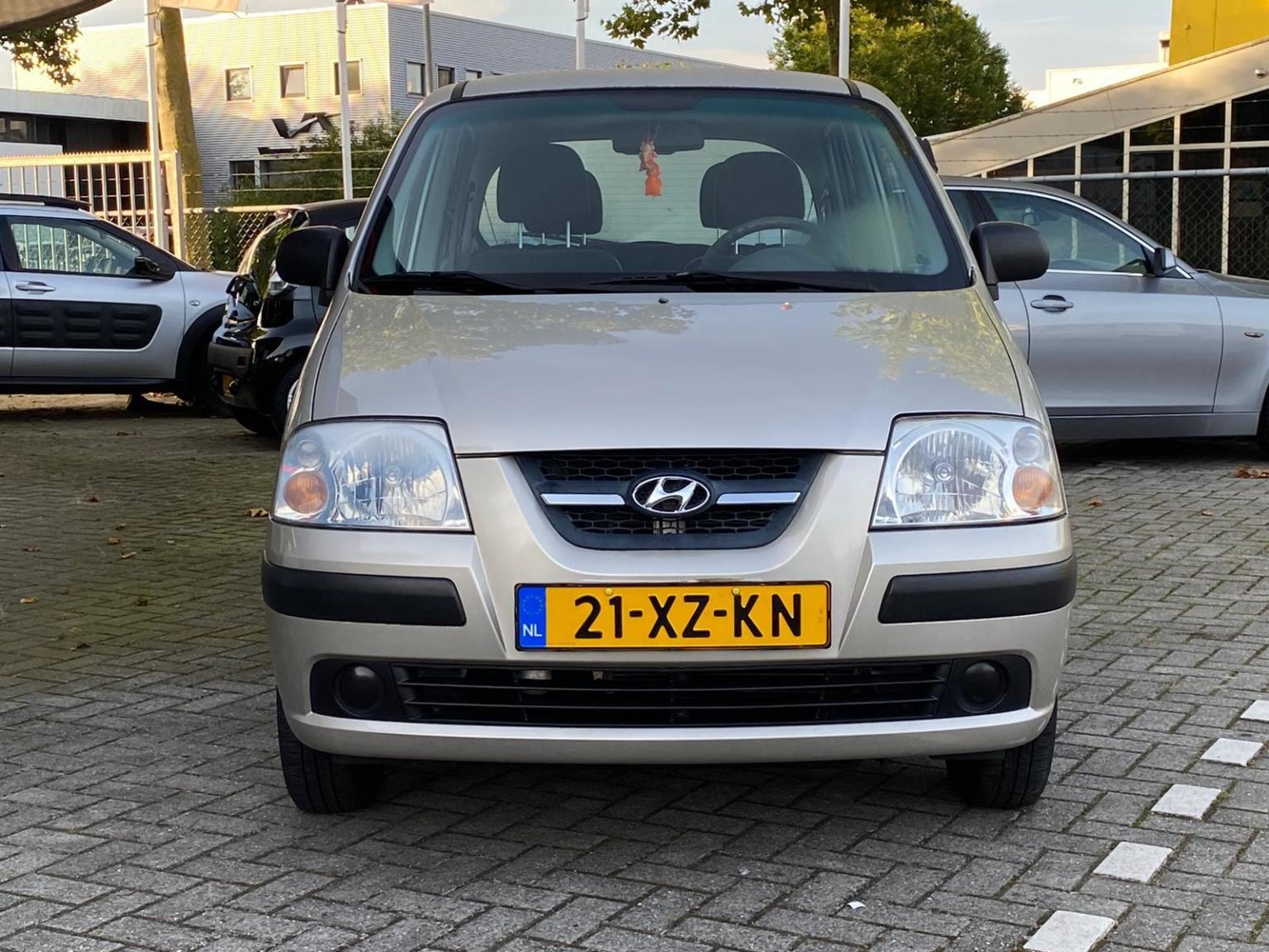 Hyundai-Atos-2